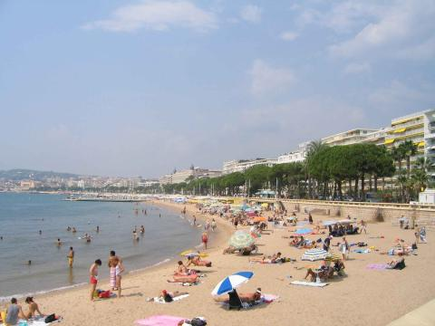 the beach at cannes